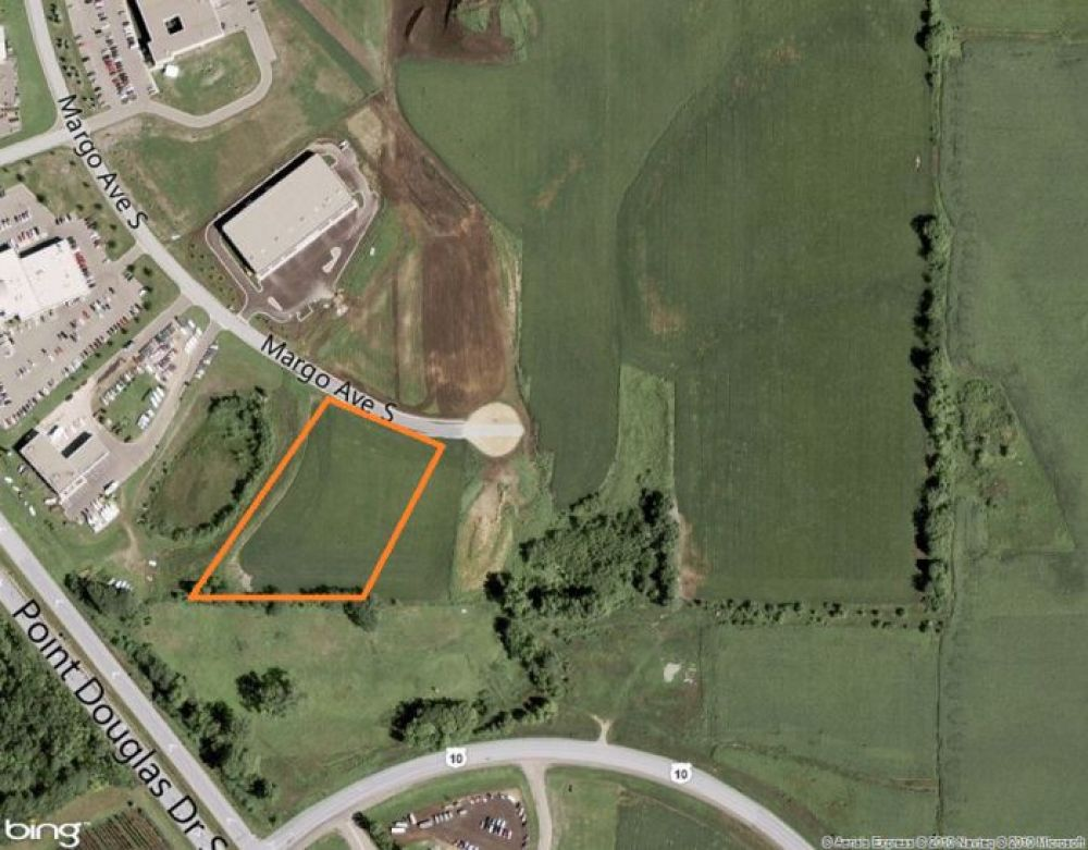 Premier location close to Twin Cities business core
